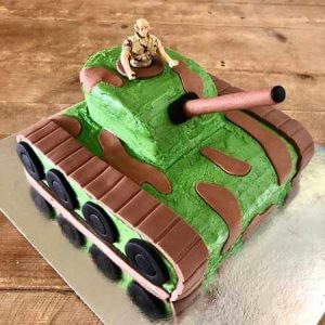 diy-Army-Tank-Cake-Kit-Table-450