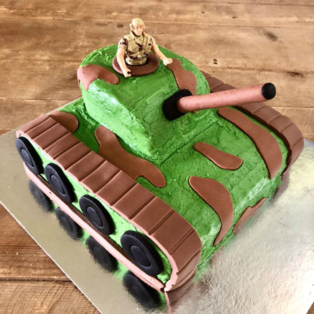 Army tank kids birthday cake kit from Cake 2 The Rescue