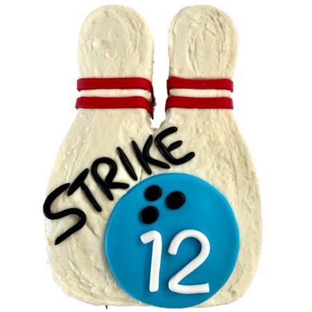 bowling-pin-cake-diy-cake-kit-bowling-party