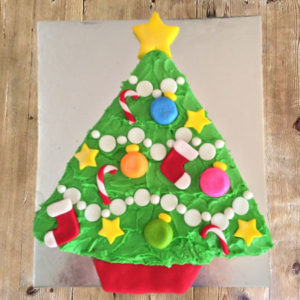 Christmas Tree DIY cake kit from Cake 2 The Rescue