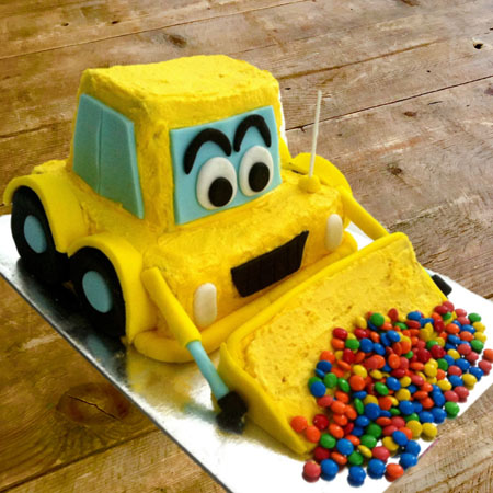 Digger birthday cake kit from Cake 2 The Rescue