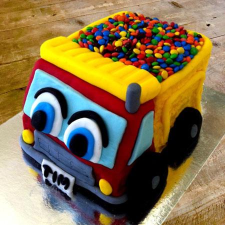 Dump truck birthday cake kit from Cake 2 The Rescue