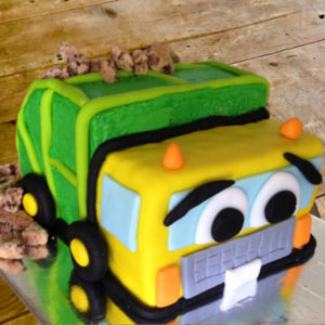 Garbage truck birthday cake kit from Cake 2 The Rescue