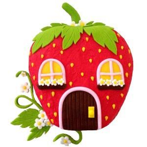 strawberry house cake kit