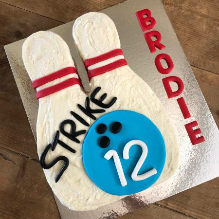 teen tween birthday cake bowling party diy cake kit from Cake 2 The Rescue