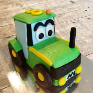Tractor birthday cake kit from Cake 2 The Rescue