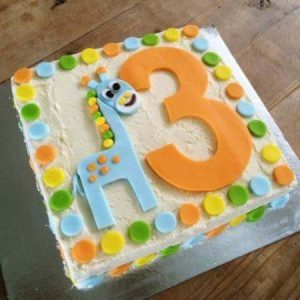 diy-Number-Giraffe-Cake-Kit-on-Table-450