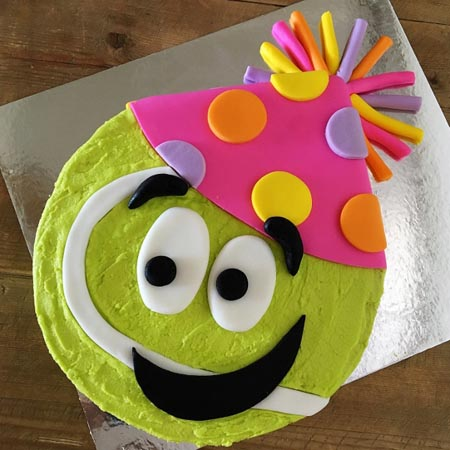 easy tennis ball sport end of season celebrations DIY cake kit from Cake 2 The Rescue