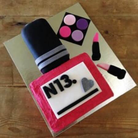 diy-Make-up-cake-kit-table-450