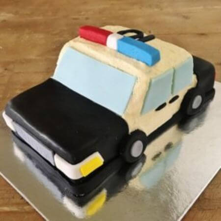 diy-police-car-diy-cake-kit-table-450