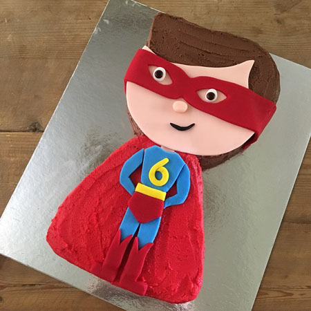 Superhero Superman birthday cake kit from Cake 2 The Rescue