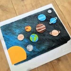 diy-solar-system-cake-kit-table-sm-450