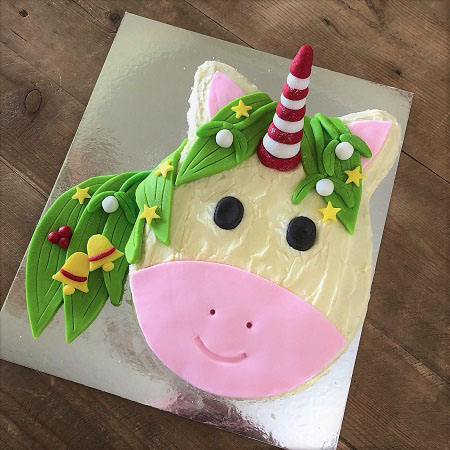 Christmas Unicorn DIY cake kit from Cake 2 The Rescue with green mane