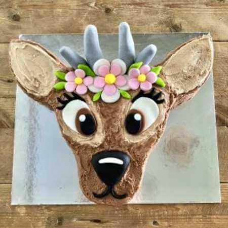 diy-Deer-Cake-Kit-table-450