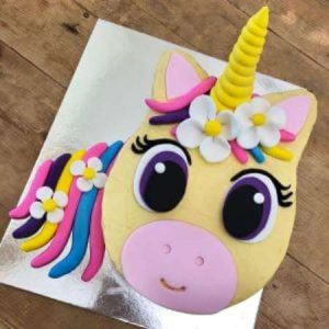 diy-flower-unicorn-pinkpurple-table-450