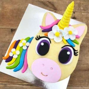 diy-flower-unicorn-table-450