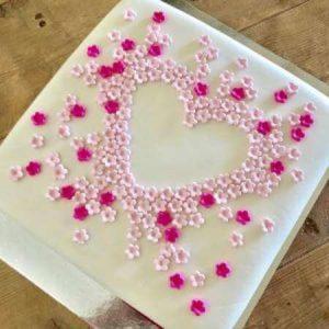 diy-flower-heart-cake-kit-close-up-450