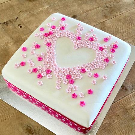 love heart flower engagement DIY Cake kit from Cake 2 The Rescue