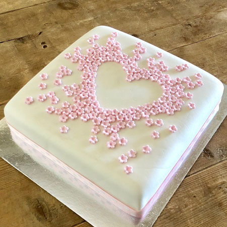 love heart flower Mother's Day cake kit from Cake 2 The Rescue
