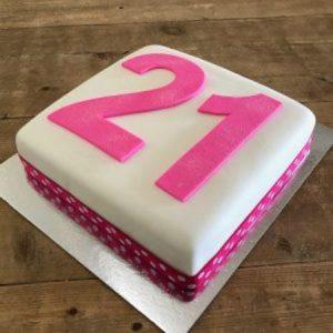 diy-number-cake-kit-pink-table-450