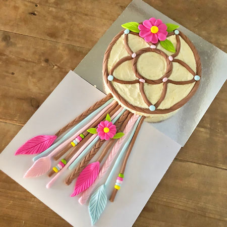 Whimisical dream catcher birthday cake kit from Cake 2 The Rescue