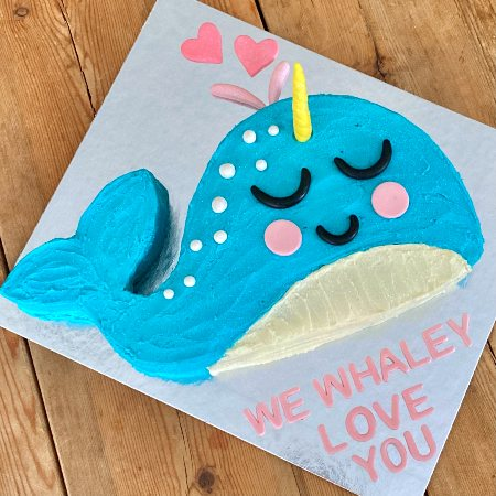 cute-narwhal-first-birthday-mothers-day-cake